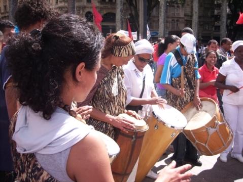 Music group at Praça da Sé