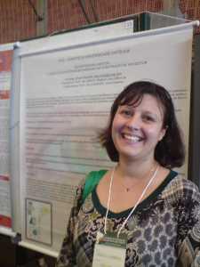 Sheila Camargo do CED PUC-SP apresentou trabalho.